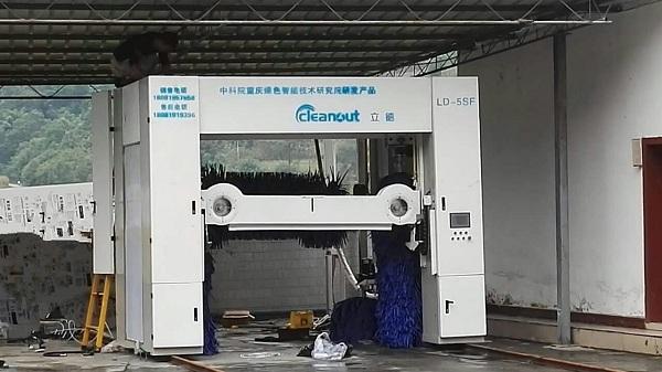 电脑洗车机价格-科立达电脑洗车机采用 304不锈钢自锁螺丝